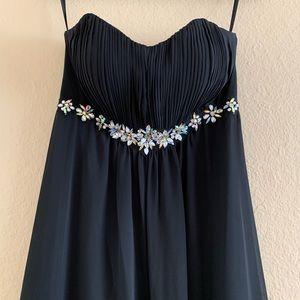 Black Strapless Prom Dress with Scarf